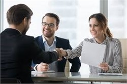 10 Questions to Ask in a Job Interview to Really Stand Out