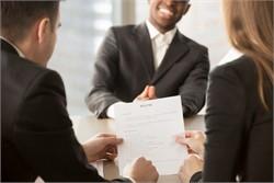Uncommon resume tips to help job-seekers shine