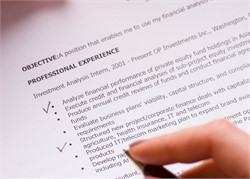 10 tips to help your resume pass the 7-second test
